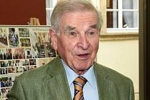 Hrabě Hugo Mensdorff-Pouilly oslavil devadesátku.
