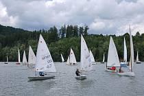 Již pojedenácté uspořádal Jachetní oddíl TJ Sokol Letovice závod plachetnic a WS plováků s názvem 11. Srandaregata.
