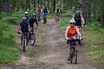 Z pátého ročníku cyklovýletu MASka jede.