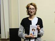 Šárka Slavíčková z Blanska ve čtrnácti letech ilustrovala dětskou knihu Podivná parta. Ilustracím by se chtěla věnovat i v dospělosti.