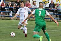 V předkole fotbalového MOL Cupu podlehli fotbalisté divizního FK Blansko (modré dresy) třetiligovému SK Líšeň 1:3.