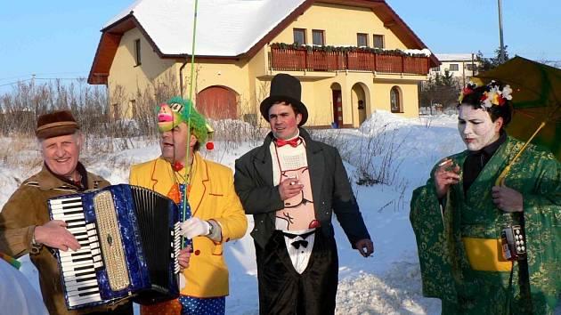 V sobotu se uskutečnily ostatky na Těchově. Organizátorem byli jako tradičně místní hasiči.