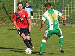 Fotbalisté Blanska (v červeném). Ilustrační foto.