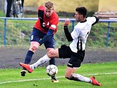 V utkání Moravskoslezské divize remizovali fotbalisté Slovanu Havlíčkův Brod (v bílém) s FK Blansko 0:0.