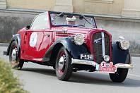 Bugatti, Bentley, Tatra nebo Praga. Veteráni těchto značek projeli v neděli Blanenskem.