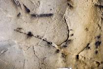V Kateřinské jeskyni objevili unikátní pravěké kresby.