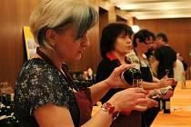 Košt vína v Olešnici.