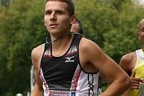 Blanenský běžec Jan Kohut na Pardubickém vinařském půlmaratonu vyhořel.