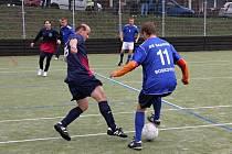 V derby prvního s druhým týmem 1. Italcars ligy v malé kopané vyhrál Sadros Boskovice 3:1.
