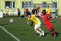 Blanenští fotbalisté (v červeném) podlehli ve 20. kole FORTUNA:NÁRODNÍ LIGY Jihlavě 1:3.