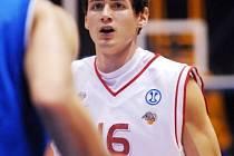 Bývalý hráč BBK Brno a IVes Blansko Pavel Slezák okouší s Nymburkem ULEB Cup.