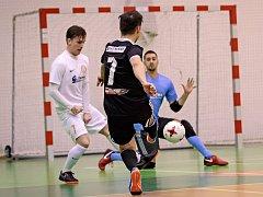 Ve futsalové divizi prohrál vedoucí PRO-STATIC Blansko s druhým týmem tabulky FC Kalábek Brno 4:7.