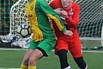 V přípravném fotbalovém utkání porazil SK Líšeň B (červené dresy) Olympii Ráječko 5:2.