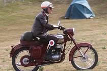 Motoklub Drnovice ve Voděradech uspořádal už třetí motosraz.