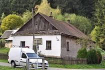 Dům, ve kterém bydlel zavražděný muž.