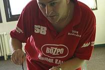 Na sobotním mistrovství republiky ve stolním hokeji na něj zbyla bramborová medaile. I tak byl šéf týmu BHK Orel Boskovice Bohumil Feruga nadmíru spokojený.