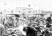 OKUPACE V BOSKOVICÍCH. 16. března 1939 kolem šesté hodiny večer ve sněhu a mrazu dorazily do Boskovic asi dva tisíce německých vojáků. Armáda obsadila budovy gymnázia, měšťanské školy a obecní chlapecké i dívčí školy.