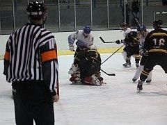 Hokejisté Blanska porazili první Uničov po samostatných nájezdech. Diváci viděli atraktivní zápas.