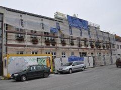 Letovičtí před časem opravili fasádu budovy městského úřadu.