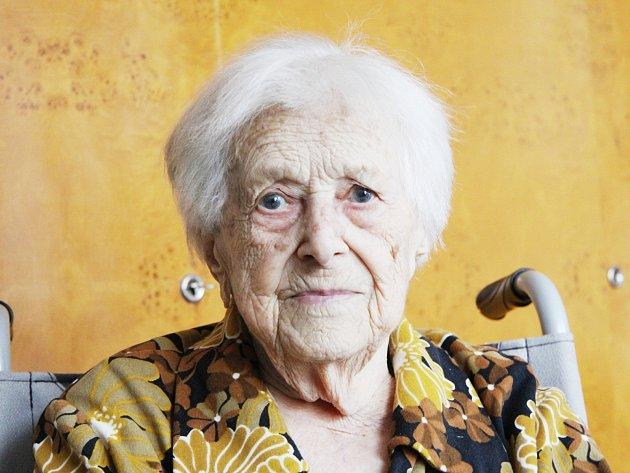 Anna Odehnalová z Bořitova se narodila 22. července 1914.