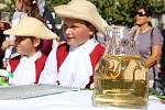 Tradiční strážnické vinobraní i letos lákalo stovky návštěvníků.