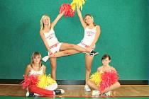 Tanečnice místní skupiny BAMI.