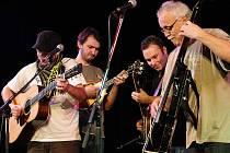 Bluegrassová skupina Poutníci.