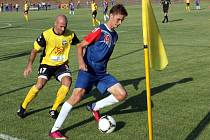 Fotbalisté Blanska porazili v úvodním zápase Rosice (ve žlutém) 3:1.