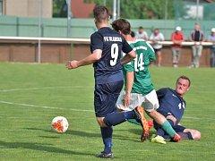 Ve fotbalové divizi D remizoval Tatran Ždírec nad Doubravou (zelené dresy) s FK Blansko 0:0.