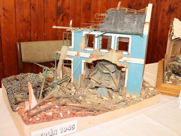 V boskovické sokolovně se konal první ročník výstavy modelů.