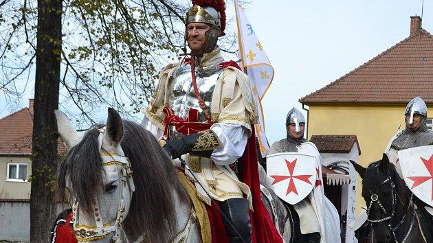 V Blansku oslavili svatého Martina. S kejklíři, mušketýry nebo muzikanty