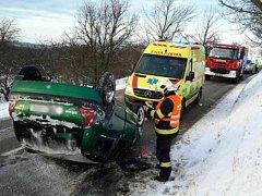 Zraněním řidičky skončila nehoda u Okrouhlé.