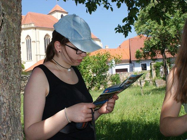 V krajském kole Svojsíkova závodu v Boskovicích se utkalo 238 skautů a skautek.
