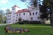 Expozice na blannenském zámku již lákají k návštěvě.
