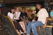 ZA VZDĚLÁNÍM DO ČÍNY. Iva Zemanová z Blanska studovala rok na čínské univerzitě Tianjin.