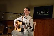 Aneta Pelíšková z Ráječka vyhrála loni celorepublikovou soutěž kytaristů Zlatá struna