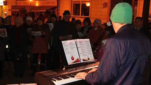 K projektu Česko zpívá koledy se přidalo téměř dva tisíce lidí na Blanensku.
