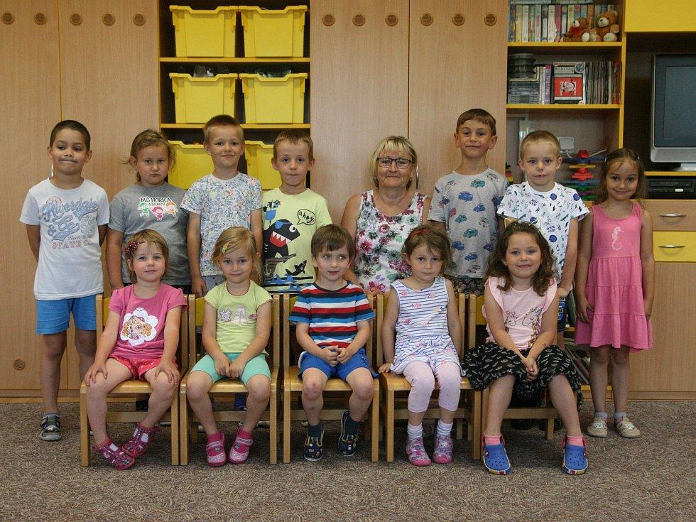 Děti z MŠ Adamov Komenského, třída Berušky.
