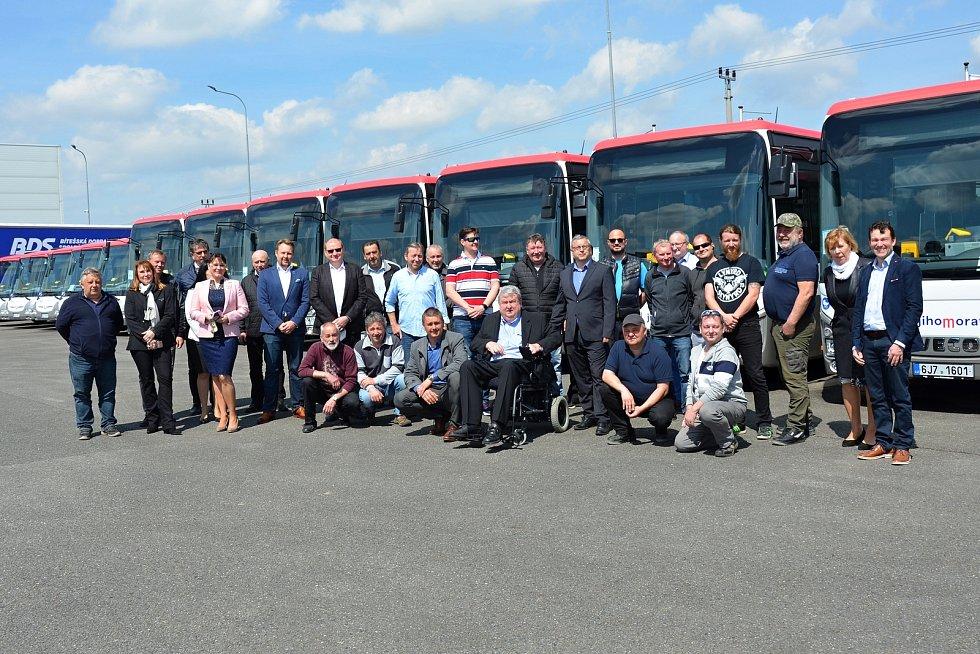 Na Blanensko míří nový dopravce. S autobusy za 60 milionů.