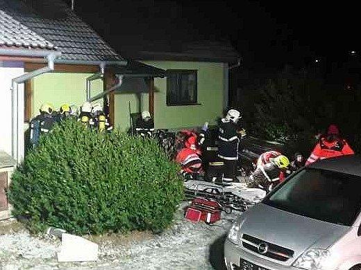 Požár domu ve Valchově.