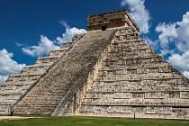 Aztécká pyramida v Mexiku.