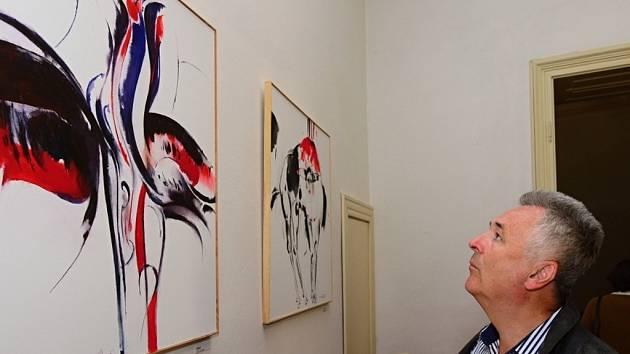 Letovická Galerie PEX a tamní zámek zvou na výstavu výtvarníka Miroslava Netíka. Jeho díla jsou k vidění až do dvacátého června v zámecké galerii.