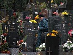 Předdušičkový hřbitov v Blansku v sídlišti Sever.