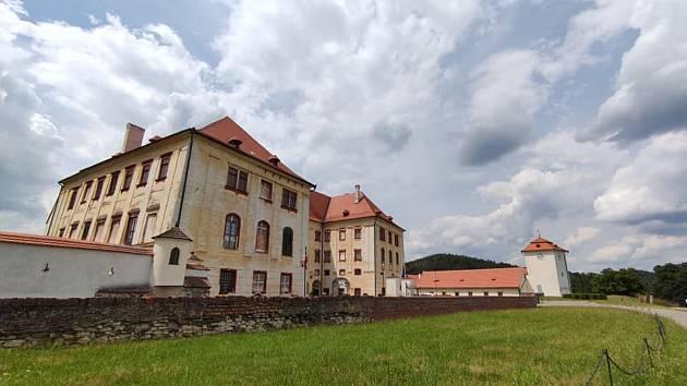 Ve měst Kunštát si přijdou na své všichni. Najdou zde historické památky i čistou krásnou přírodu.