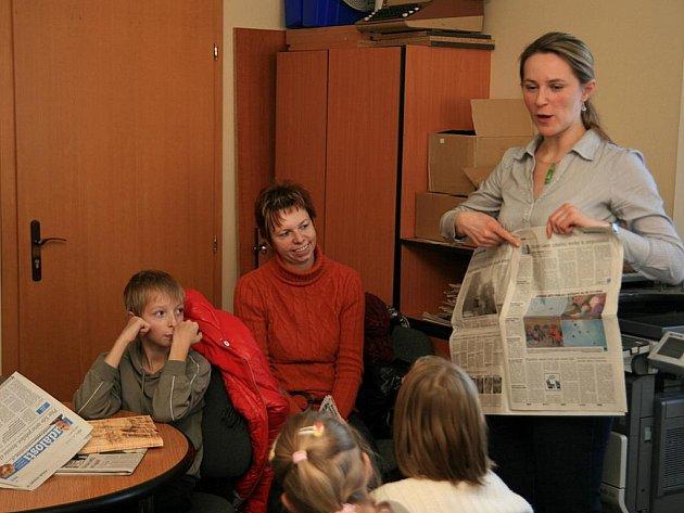 Děti z vysočanské školy navštívily redakci Blanenského deníku Rovnost.