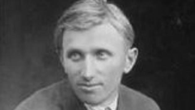 Stanislav Rolínek z Bořitova.  Sochař samouk, vytvořil monumentální sochu TGM.