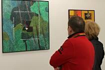 Jiřímu Poláškovi bude na konci února 86 let. Stále se však angažuje v mnoha kulturních oblastech. Kromě dlouholeté činnosti v ochotnickém divadelnictví po většinu života maluje. Blanenská galerie teď vystavuje jeho obrazy z posledních desíti let.