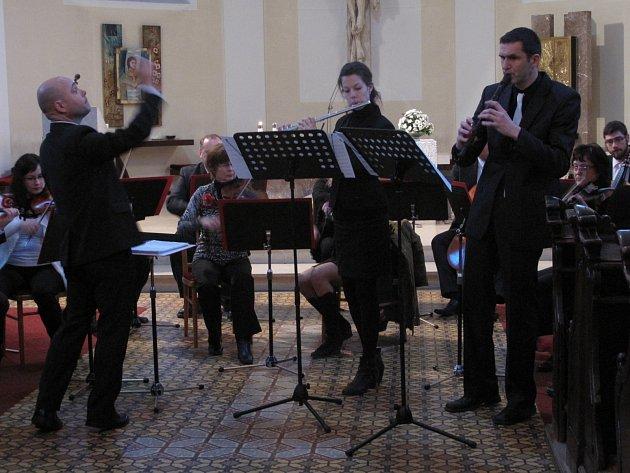 V neděli kostely svatého Martina v Blansku zněly barokní skladby v podání Komorního orchestru města Blanska.