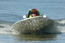 Na jedovnickém rybníku Olšovci se o víkendu jede mistrovství Evropy v závoech motorových člunů. Díky netradičnímu jarnímu termínu pořadatelé očekávají účast kompletní evropské špičky.