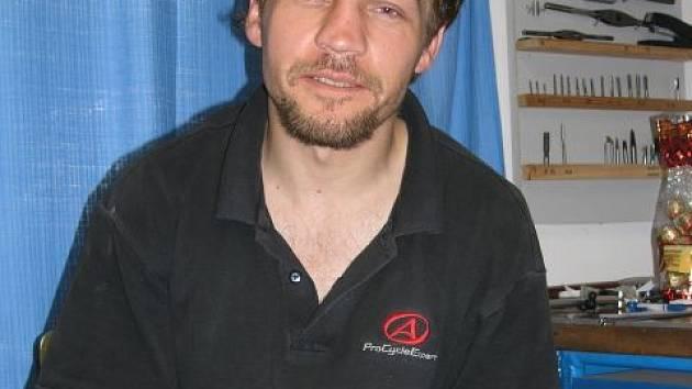 Cestovatel Robert Šamonil